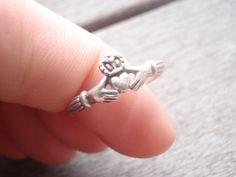 Vintage Sterling Silver Irish Claddagh  Ring by Rachelmariedesigns, $12.00