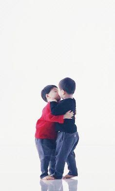 Daehan Minguk Manse Triplet Babies, Superman Baby, Man Se, Song Daehan, Song Triplets, Korean Babies, Kids And Parenting, Cool Kids, Idol
