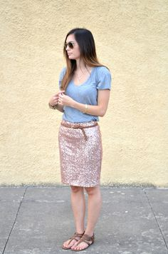 Another shiny skirt with casual tee (and flats!). I like it. I need to try this with my sparkly gold skirt.