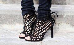 ZARA Woman BNWT Black Suede Goat Leather Sandals Open Work High Heel 6464/201