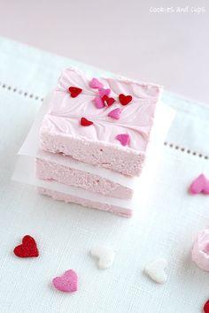 Easy Strawberry Fudge