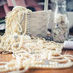 Threads of a Fairytale (@threadsofafairytale) • Instagram photos and videos Krispie Treats, Rice Krispies, Fairytale, Photo And Video, Videos, Desserts, Photos, Instagram, Food