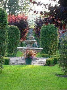 Kames Castle gardens Port Bannatyne 2012