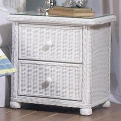 Best Coastal Bedroom Furniture! Discover the top-rated beach themed bedroom furniture for your beach home.