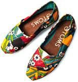 So getting these! Love TOMS!!