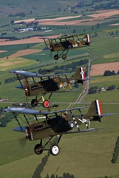 Modern flying reproductions of WWI aircraft, Masterton New Zealand TVAL32.jpg