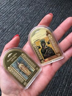 """Kolekcia """"Najkrajšie Madony"""" je úplne jedinečná. Len v Národnej Pokladnici môžete nájsť tehličky unikátneho tvaru zušľachtené 24-karátovým zlatom s reprodukciami najkrajších sôch a obrazov Panny Márie. Money Clip, Money Clips"""