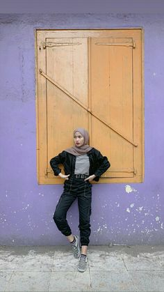 Fasion, Hijab Fashion, Girl Fashion, Fashion Outfits, Hijab Jeans, Ootd Hijab, Casual Hijab Outfit, Casual Outfits, Girl Pictures