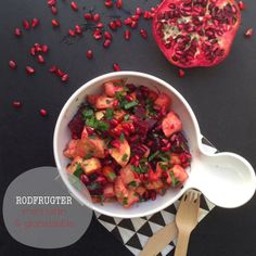 Rodfrugter med tahindressing & granatæble - Vanløse blues #lowcarb #side #beets #carrots #pomegranate