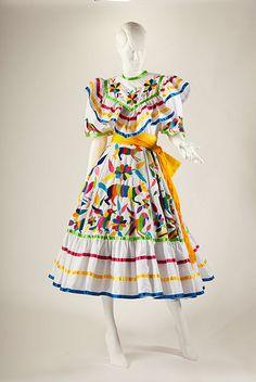 Adelita Dress, 1999, Manufactured by Sra. Amelia Rosa Capistrán Peredo. Courtesy of Alejandra Fernández Capistrán. Photo © 33PHOTO and Arte en la Charrería by International Arts & Artists, via Flickr