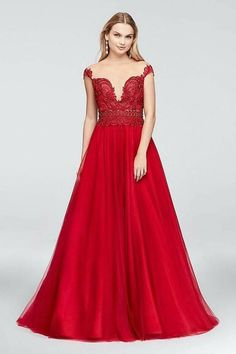 David's Bridal Illusion Bodice Lace and Tulle Ball Gown red wedding gown Chinese wedding colorful romantic dress Prom Dresses Two Piece, Prom Dresses For Teens, Prom Dresses Blue, Bridal Dresses, Dance Dresses, Long Dresses, Formal Dresses, Tulle Balls, Tulle Ball Gown