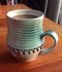 Inexpensive, elegant and versatile, pottery is a worthwhile addition to your home, and you should definitely consider getting some for your interior design project. Pottery is used to decorate diff… Pottery Mugs, Ceramic Pottery, Pottery Art, Clay Mugs, Pottery Techniques, Pottery Designs, Pottery Ideas, Pottery Classes, Ceramics Projects
