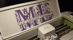 Split Letter, I want to do this to my Cricut. It looks awesome