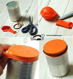 作り方はとってもシンプル! 空き缶に風船を被せてゴムで止めるだけなんです。