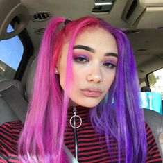 Image discovered by Find images and videos about hair, colorful and dyed hair on We Heart It - the app to get lost in what you love. Dyed Hair Purple, Dye My Hair, Hair Dye Colors, Cool Hair Color, Short Dyed Hair, Half Dyed Hair, Half And Half Hair, Arctic Fox Hair Color, Multicolored Hair