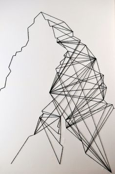 DIY geometric wall art tutorial, all you need is a canvas and some yarn, super easy abstract art! - I like how its made of stringes- Easy Abstract Art, Contemporary Abstract Art, Abstract Drawings, Metal Tree Wall Art, Metal Art, String Wall Art, Yarn Wall Art, String Art Patterns, Geometric Wall Art
