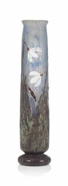 A DAUM DOUBLE OVERLAID CAMEO GLASS VASE WITH WHEEL CARVED SNOW DROPS AND VITRIFIED LEAVES CIRCA 1905, ENGRAVED DAUM NANCY WITH THE CROSS OF LORRAINE Estimate GBP 2,000 - GBP 3,000