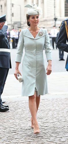 Kate Middleton makes appearance with royal family at RAF celebration 40b5ef0ea1