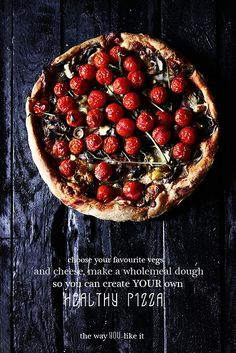 Healthy pizza...OOOH I am makingmy own version of this today (adding pepperoni for the husband, he'll like it better) :)