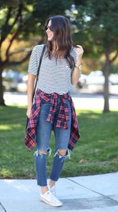 Street style tip of the day: Tied at the waist