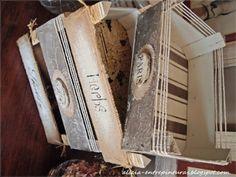 cajas de fruta recicladas Wooden Crates, Wooden Boxes, Wood Crafts, Diy And Crafts, Plastic Crates, Fruit Box, Decoupage Vintage, Diy Recycle, Diy Box