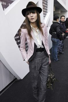 Irina Lazareanu tailored suit #MillionDollarShoppersHeather