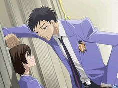 We usually know how different the manga and anime can be. Fans of Ouran High School Host Club weren't too happy with the ending of the anime. Haruhi and Tamaki Colégio Ouran Host Club, Host Club Anime, Got Anime, Anime Manga, Anime Guys, Anime Art, School Clubs, High School Host Club, Ouran Highschool