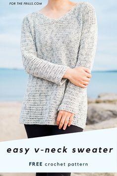 How to crochet a v-neck sweater – free pattern + step-by-step video tutorial - Crochet Saco, Crochet Tunic Pattern, Crochet Jumper, Sweater Knitting Patterns, Easy Crochet Patterns, Free Crochet, Tutorial Crochet, Crochet Sweaters, Crochet Tops