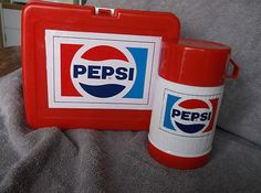 Vintage Pepsi Plastic Lunch box with Original Thermos Plastic Lunch Boxes, Tin Lunch Boxes, Vintage Lunch Boxes, Coca Cola, Peach Ice Tea, Diet Pepsi, Pan Rack, Rooster Kitchen, Dr Pepper