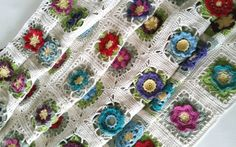 Flowers Abound CAL blanket by Shelley Husband 2015
