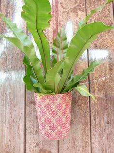 Baroque hanging pot plant holder - www.hardtofind.com.au #gift #garden #outdoor #greenthumb