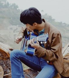 #nct #nct127 #youtubevideos #highwaytoheaven #behindthescenes #screenshots #aesthetic #marklee #guitar