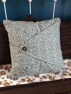 & DIY No Sew Pillow Cover | Sew pillows Pillows and Squares pillowsntoast.com