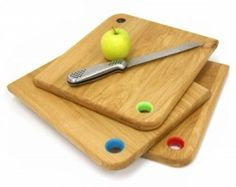 Oak colour coded chopping boards - great gift for a 5th wedding anniversary (wood).    £32