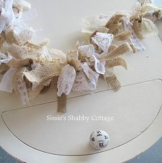 Shabby Cottage DIY::Burlap and lace garland ! add a string of christmas lights for soft lighting. Country Christmas Decorations, Shabby Chic Christmas, Rustic Christmas, Christmas Crafts, Lace Christmas Tree, Christmas Lights, Xmas, Burlap Garland, Burlap Lace