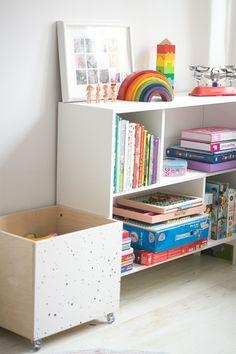 Gdzie trzymać książki dla dzieci? - nebule.pl