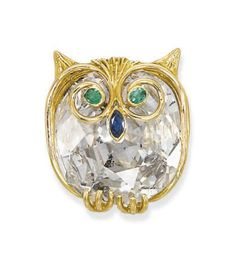 A DIAMOND, EMERALD AND SAPPHIRE OWL BROOCH - Christie's
