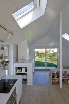 TRAVELINGCOLORS — Summerhouse in Zealand | Denmark (by JVA | Photos...