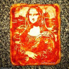 Chef italiano cria arte fazendo pizza com retratos de famosos