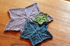 Knitted Star Pattern  this would be perfect for wash cloths! or add a stem and it looks like maple leaves!