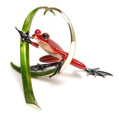 Arrow by Frogman Bronze sculptor - Tim Cotterill. Available from Artworx Gallery. www.artworx.co.uk