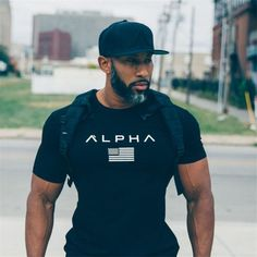 2018 new men cotton Gyms men t shirt Fitness bodybuilding shirt Men In Black, Gorgeous Black Men, Handsome Black Men, Beautiful, Black Men Beards, Black White, Style Fitness, Gym Style, Fitness Top