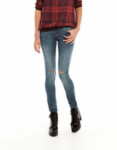 Bershka Italia - Jeans Bershka elastici