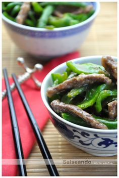 Salseando en la cocina: Ternera con pimientos verdes. Cocina China.