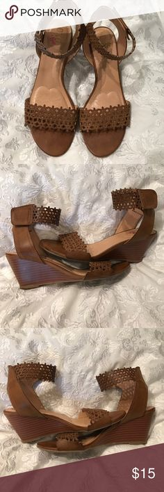 """Faux leather wedges Only worn a handful of times; still really nice condition. 2 1/2"""" heel. Padded footbed. Tiny scuff on back of right shoe- see pic! From Macy's or Belk... can't remember 🤷🏻♀️ XOXO Shoes Wedges"""
