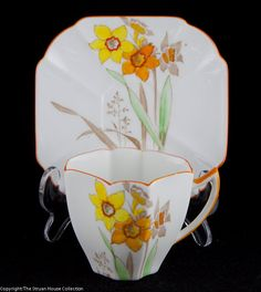 Shelley Queen Anne coffee demitasse Narcissus pattern S2203 1935 - The Struan House Collection