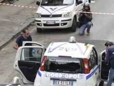 Napoli, sparatoria a Secondigliano, assalto a portavalori. Panico tra i passanti