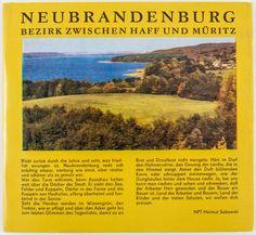 """DDR Museum - Museum: Objektdatenbank - """"Broschüre Neubrandenburg"""" Copyright: DDR Museum, Berlin. Eine kommerzielle Nutzung des Bildes ist nicht erlaubt, but feel free to repin it!"""