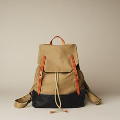 Canvas, leather and rope makes this backpack the perfect outdoor accessory.