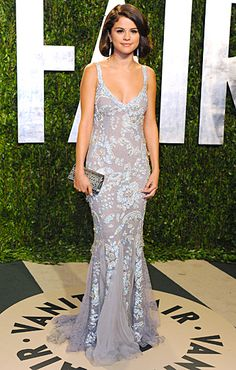 Selena gomez beautiful dress at the vanity fair party
